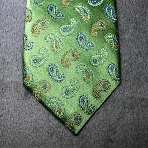 David Donahue Green Paisley Silk Tie Made In USA